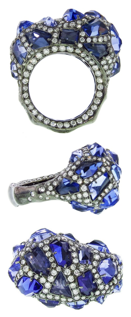 An Arunashi ring in black rhodium with 8.66cts of tanzanite and 2.97cts of diamonds.