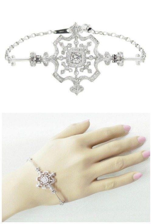 Kataoka snowflake bracelet in diamonds.