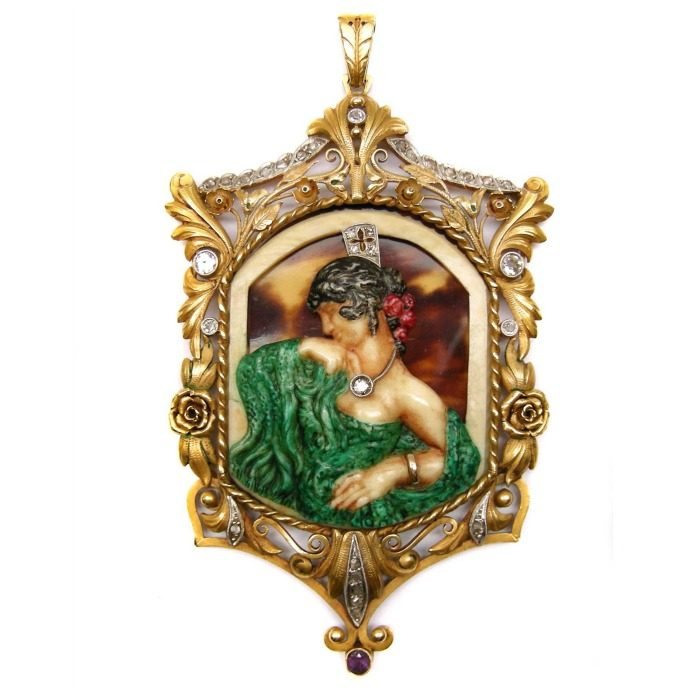 Antique portrait jewelry: Antique gold and gem set pendant with a flamenco dancer by Fuset y Grau, Barcelona, circa 1910. A beautiful example of the Catalan variant of Art Nouveau style.
