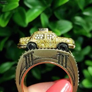 Geeking out over the perfect details on this ring from @wendybrandesjewelry's Maneater collection. #tinytaxi
