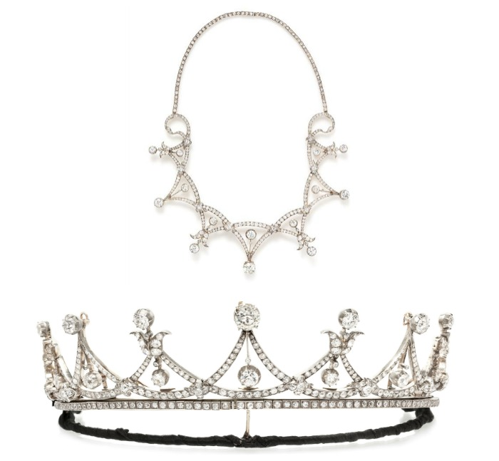 This beautiful antique silver-topped gold Victorian era diamond tiara can also be worn as a necklace.