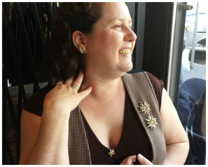 Charlotte Issyvoo of the Sublime Mercies blog wearing a fabulous brooch look.