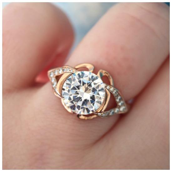 My Favorite MaeVona Engagement Rings.