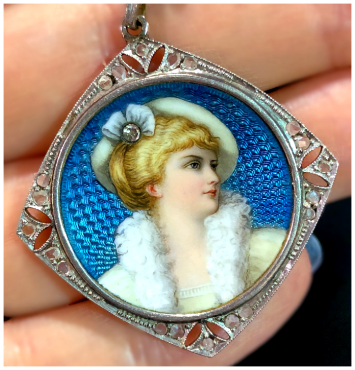 An exquisite Edwardian era portrait locket from Excalibur, spotted at the 2018 Original Miami Beach Antique Show.