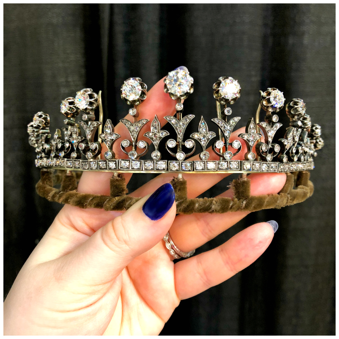An exquisite diamonds tiara from the Victorian era!! So beautiful. Spotted at JS Jewels LTD and Keith MacRae!