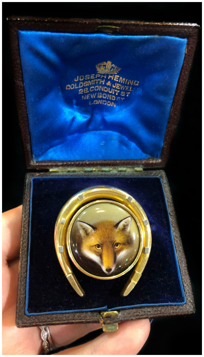 A beautiful antique Essex crystal fox brooch with a horseshoe motif. From The Spare Room antiques.
