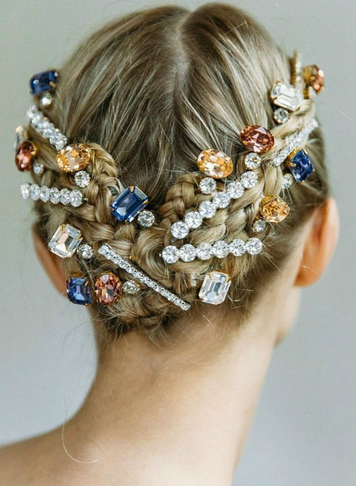 Look at this incredible style! I love the idea of a jeweled bun. Bejeweld hair clips by Jennifer Behr.