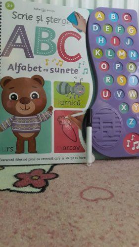 Scrie și șterge - cartea preferată a micuților!