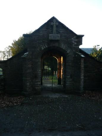 Memorial Gate, Eglwys Fach.