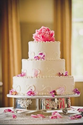 wedding cake ion creek club