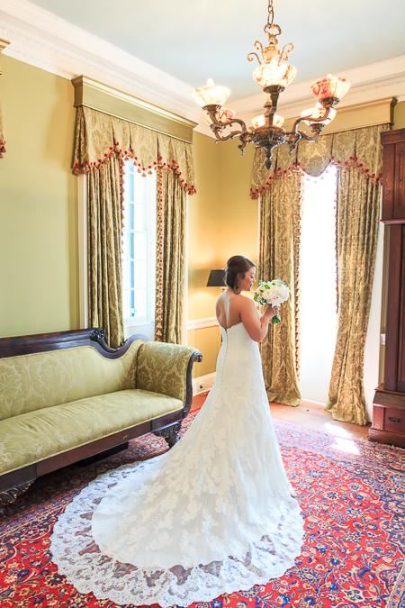 lowndes grove charleston sc wedding venue bridal portrait photographer diana deaver weddings-4