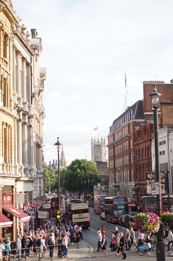 london-travel-blogger-photos-england-004