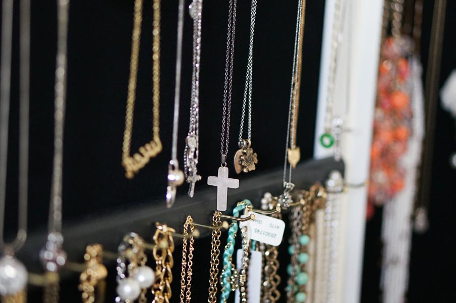 Over the door jewelry organizer Diana Elizabeth