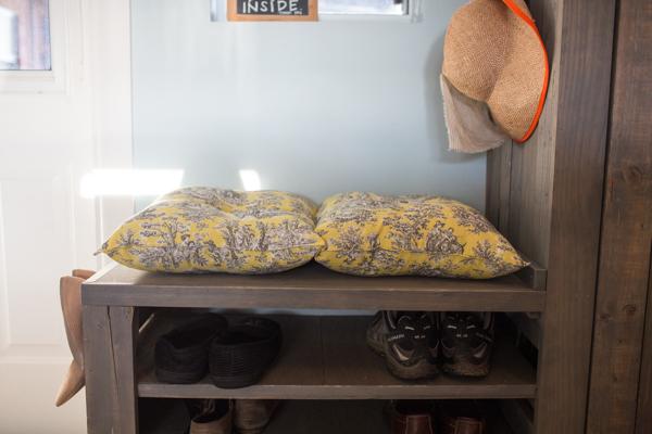 Sewing DIY: Bench cushion