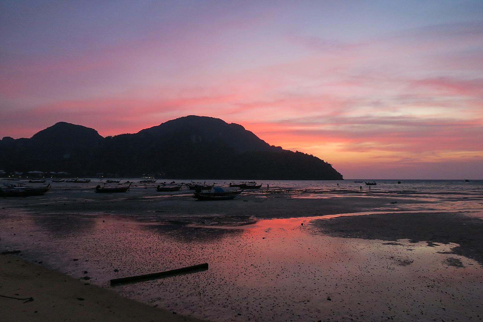 Koh phi phi island sunset low tide