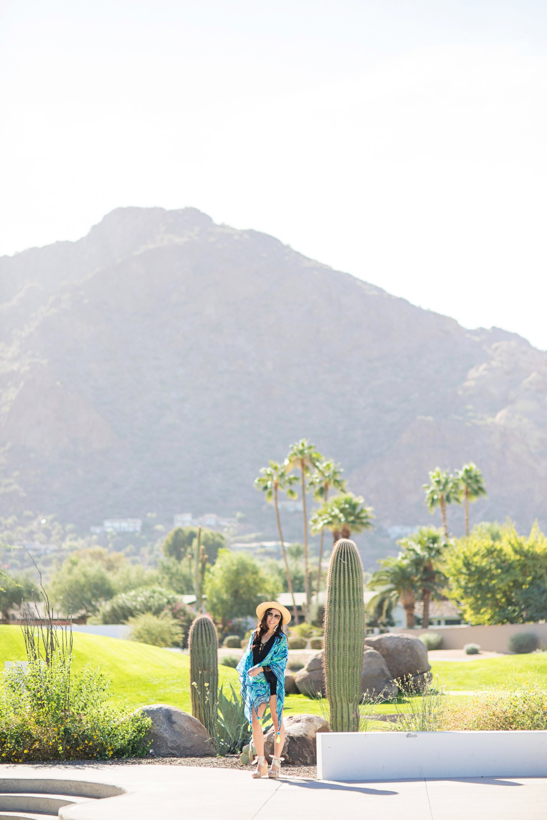 12 reasons I love phoenix - the great reasons to visit Phoenix Arizona // ANYA KIMONO Lilly Pulitzer resort style tassel earrings on Diana Elizabeth