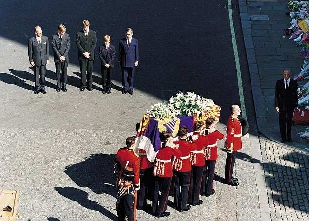 Furious Earl Spencer attacks TV's Diana funeral 'lies'
