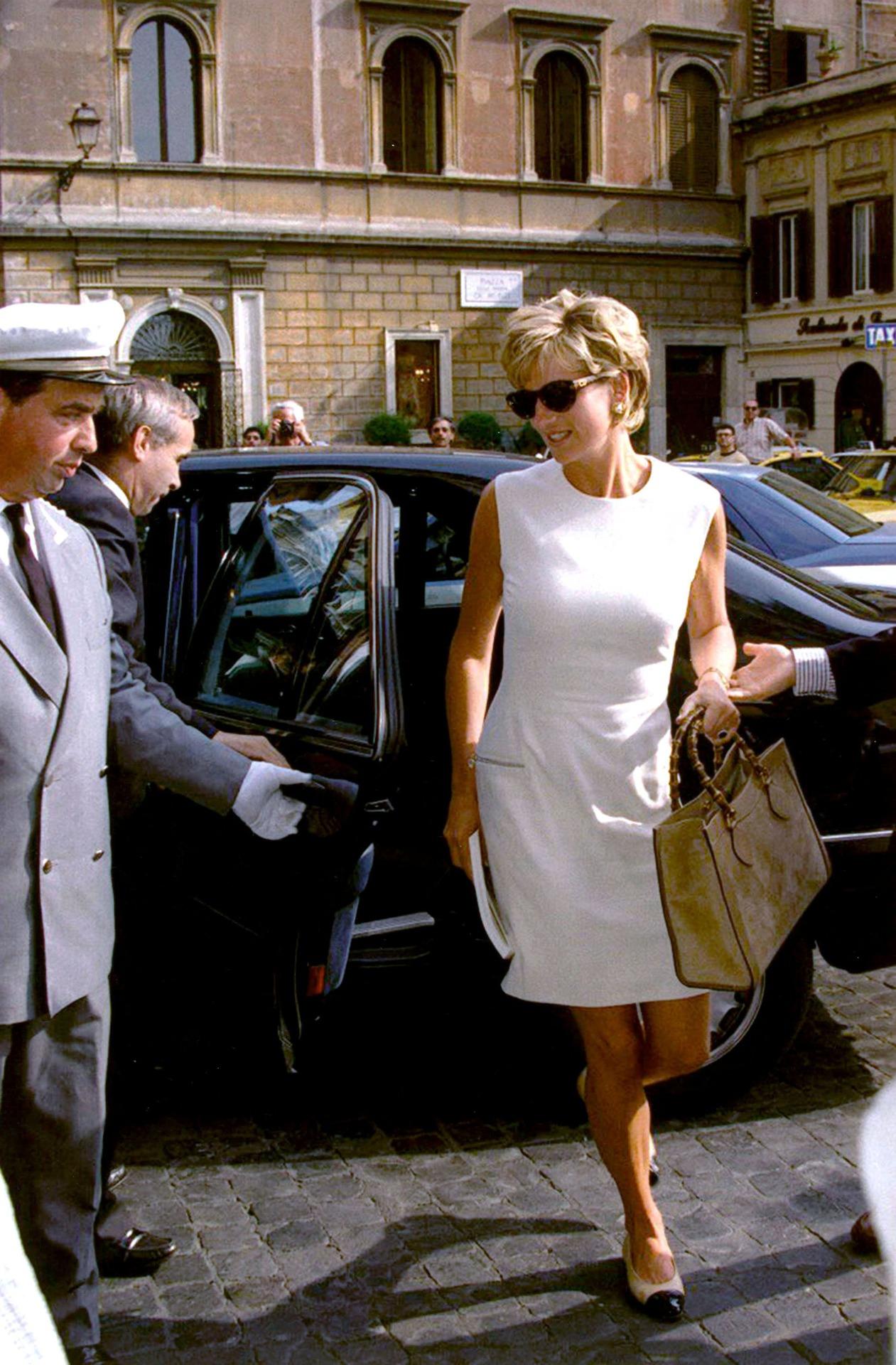 Roma 19/06/1996 Nella foto: l'arrivo di Lady Diana SPENCER a Palazzo Farnese ph Solo / FARABOLAFOTO (Daily Mail)