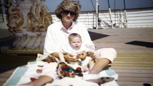 Diana put princes William and Harry in 'bizarre costumes', new photo shows