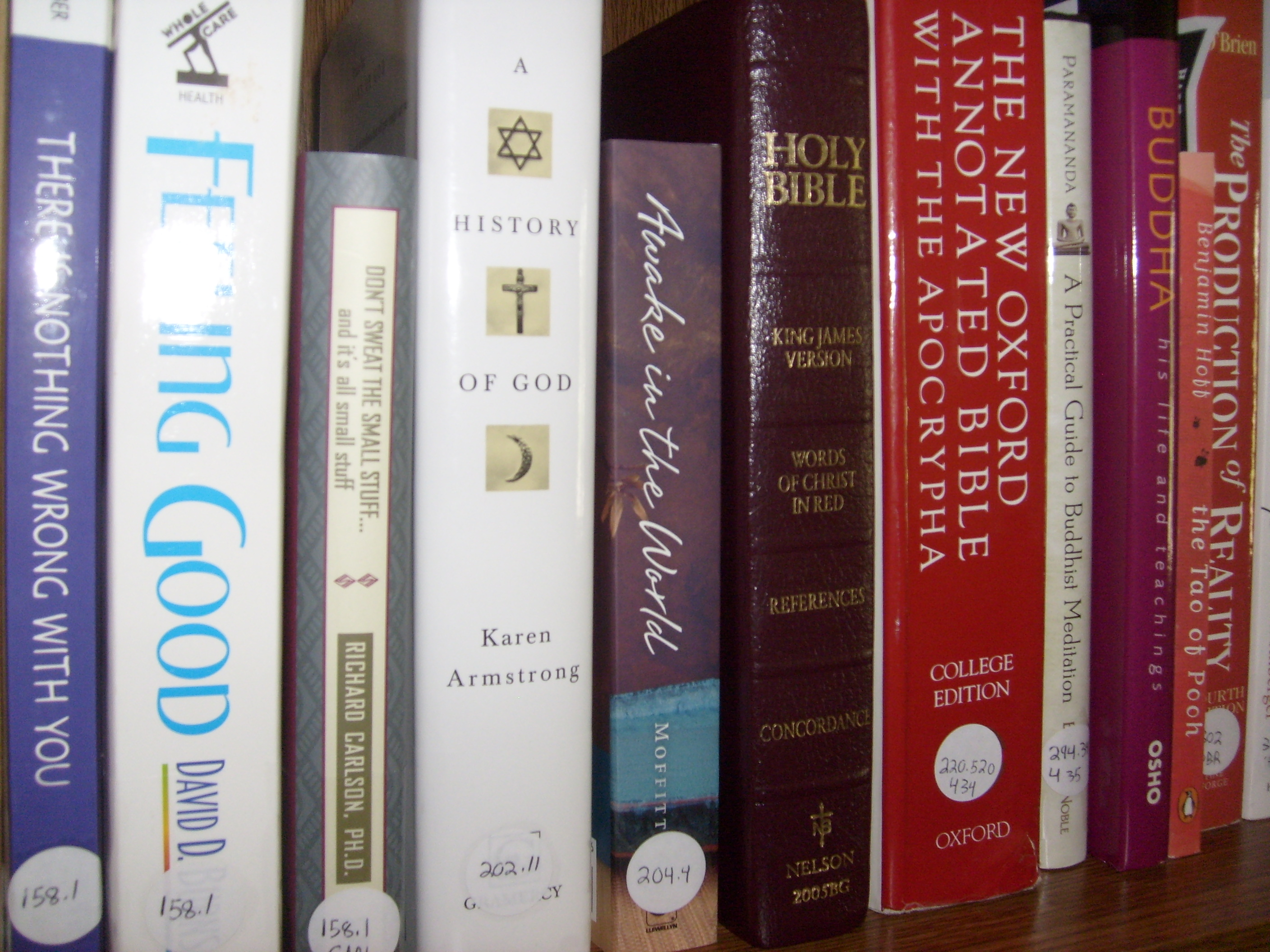 Diy Corner How To Organize Your Personal Library Using