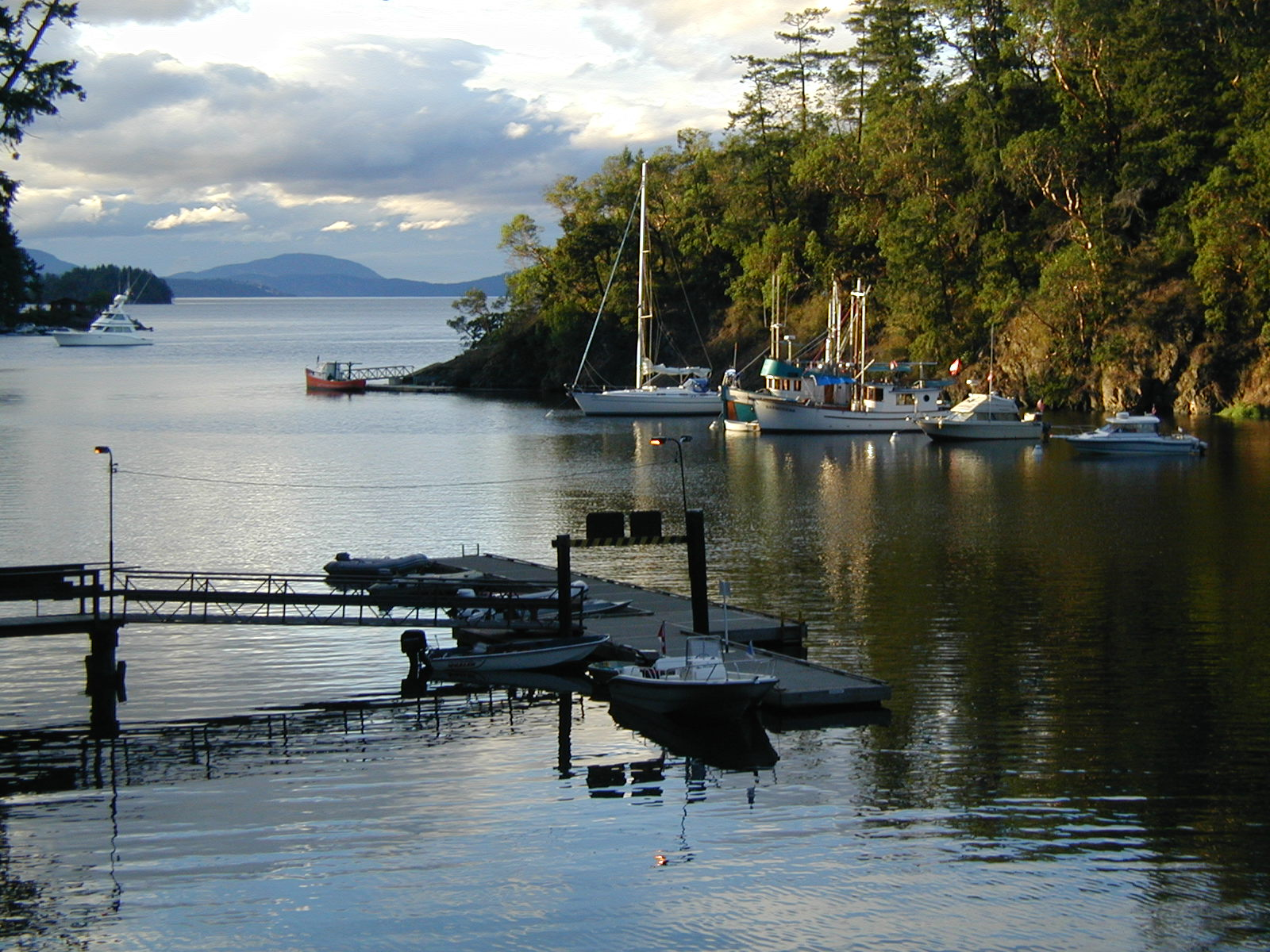 Brentwood Bay/Mill Bay