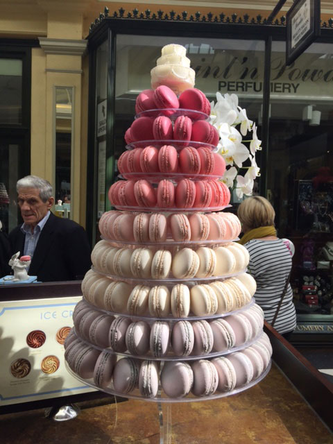 Macarons to die for - so pretty