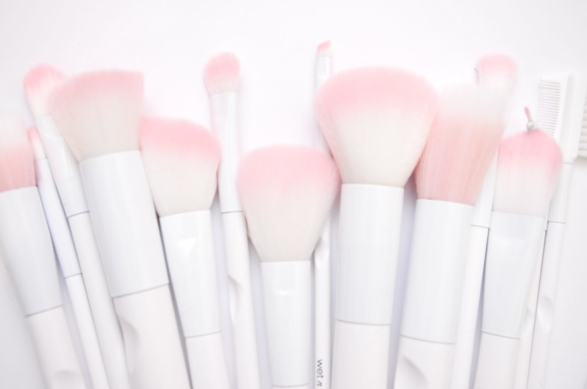 What's not to love about these cost-effective makeup brushes