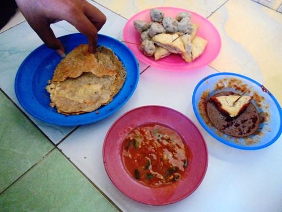 Pentol Gepek Kuliner Unik Di Pesisir Timur Madura