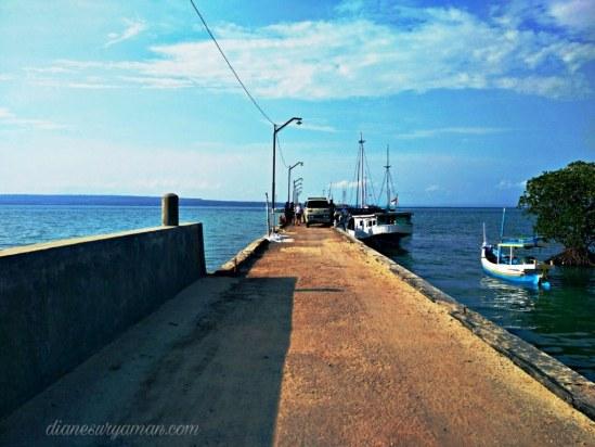 Penyeberangan ke Pantai Sembilan