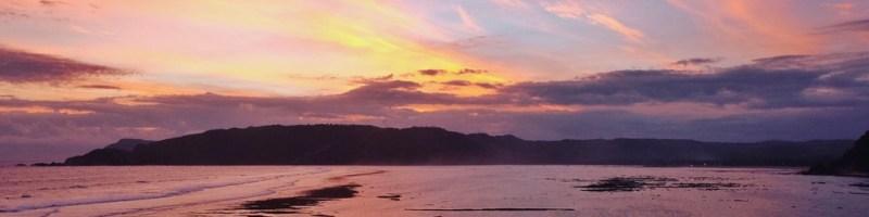 Mengejar Eksotisme Matahari Terbenam di Lombok