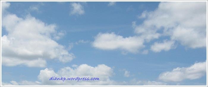 Awan dan Langit  read and happy