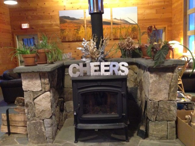 New Year's cheer at Stratton Brook Hut (I got so caught up in my puzzle-building that forgot to take pictures while staying at Poplar).