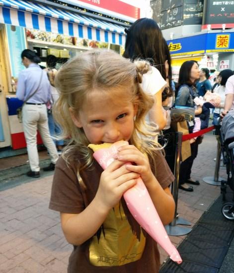 Cat Cafe MoCHA, Traveling with Kids, family travel, japan, asia, Takeshita Dori, Harajuku, Family Travel, Diapers on a plane, diapersonaplane, crepes