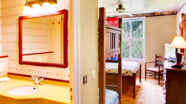 Hotel Cheyenne, Disneyland Paris, Resort, Western town, themed hotel, value resort, traveling with kids, family travel, Europe, Paris, EuroDisney