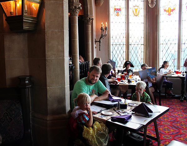 Cinderella's Royal Table, Disney Dining Plan, Disney Castle, Walt Disney World, Snow White, Cinderella, Aurora, Ariel, diapersonaplane, Diapers On A Plane, Traveling with kids, family travel