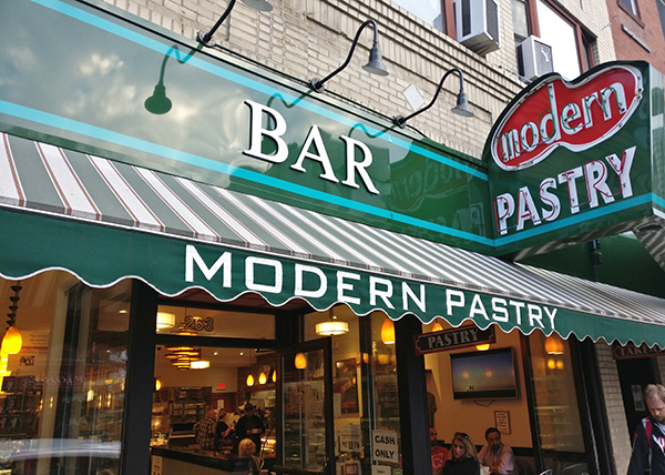 Mike's Pastry, Mikes vs Modern Pastry, Rivalry, Pastries, Bakeries, North End, Little Italy, Boston, Massachusetts, Diapersonaplane, Diapers On A Plane, creating family memories, family travel, traveling with kids