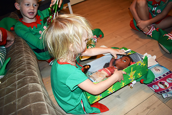 Christmas in Norway, Winter in Norway, Norway, Oslo, Scandinavia, Europe, diapersonaplane, diapers on a plane, creating family memories, family travel, traveling with kids, misadventures traveling standby, Christmas, Scandinavian Christmas