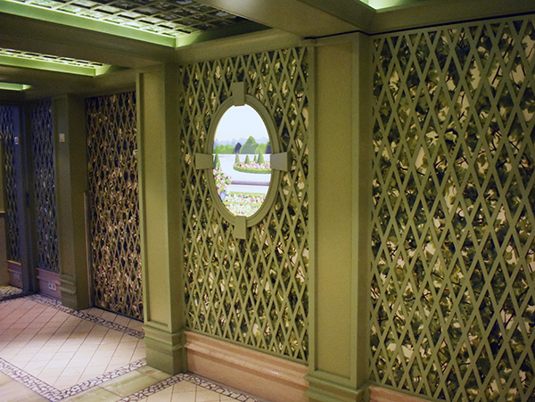 The Enchanted Garden, Disney Fantasy, Disney Cruise Line, Rotational Dining, Gardens of Versailles, Deck 2, diapersonaplane, diapers on a plane, traveling with kids, family travel,