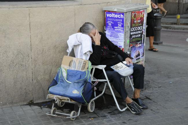 persones que dormen al carrer