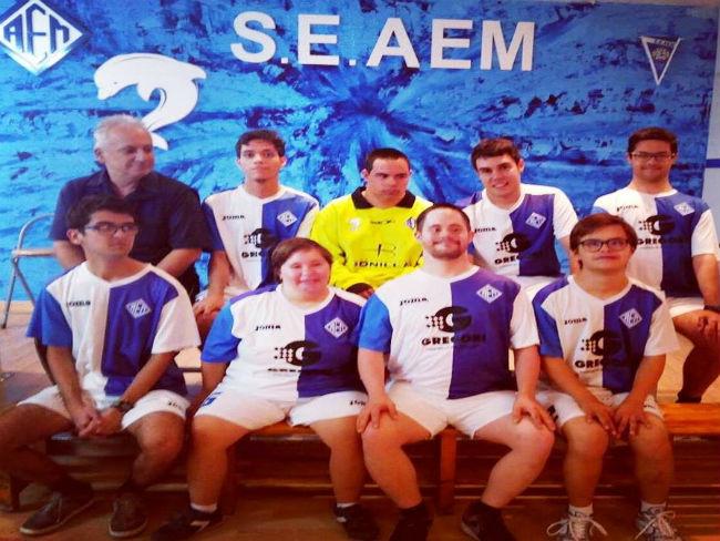 Down Lleida presenta un equip d'Inclusive Football dins de l'AEM Lleida
