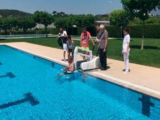 elevador hidràulic piscina gironella mobilitat reduïda