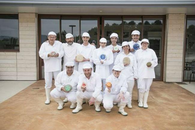 Els formatges Muntanyola elaborats per AMPANS reben un prestigiós premi internacional