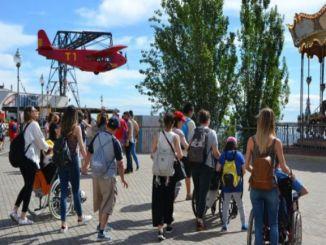 parc tibidabo mesures accessibilitat festa estiu sense barreres