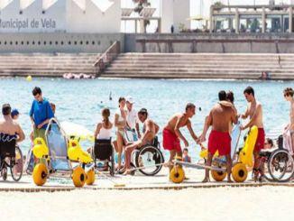 platges barcelona servei suport bany discapacitat