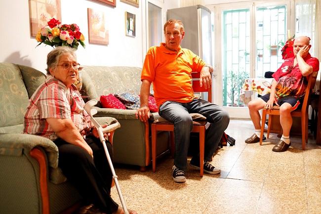 mesures serveis atencio domiciliaria persones dependencia discapacitat