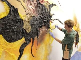 artista kelly arrontes mural origen de aigua