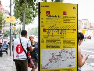 cartell-informatiu-servei-accessibilitat-línia-1-metro