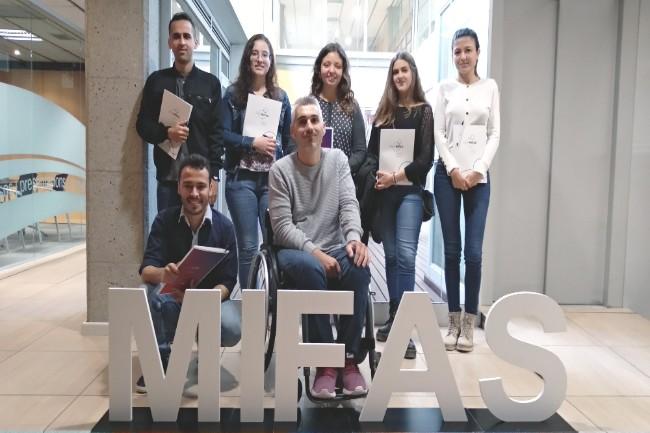 mifas-sis-joves-contracte-programa-garantia-juvenil