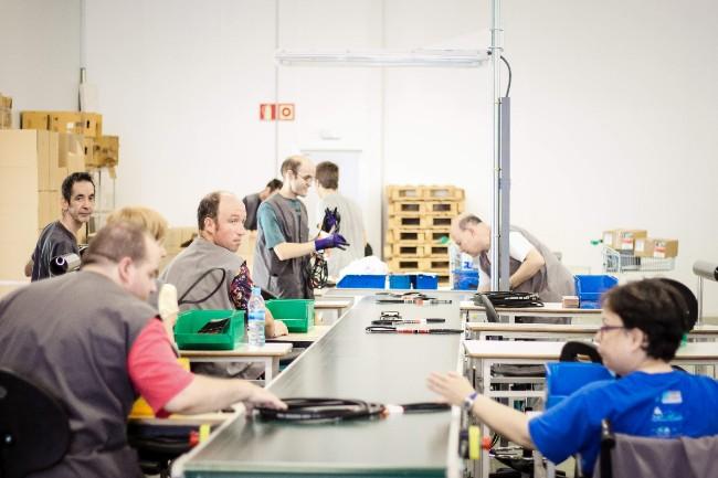 treballadors seccio serveis industria ampans