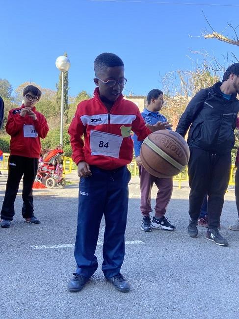 alumnes 40a jornada escolar bàsquet infants discapacitat intel·lectual